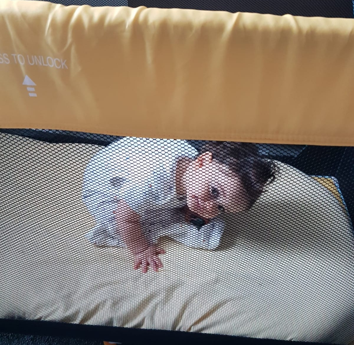 כך תעזרו לתינוק שלכם לישון גם בחופשה