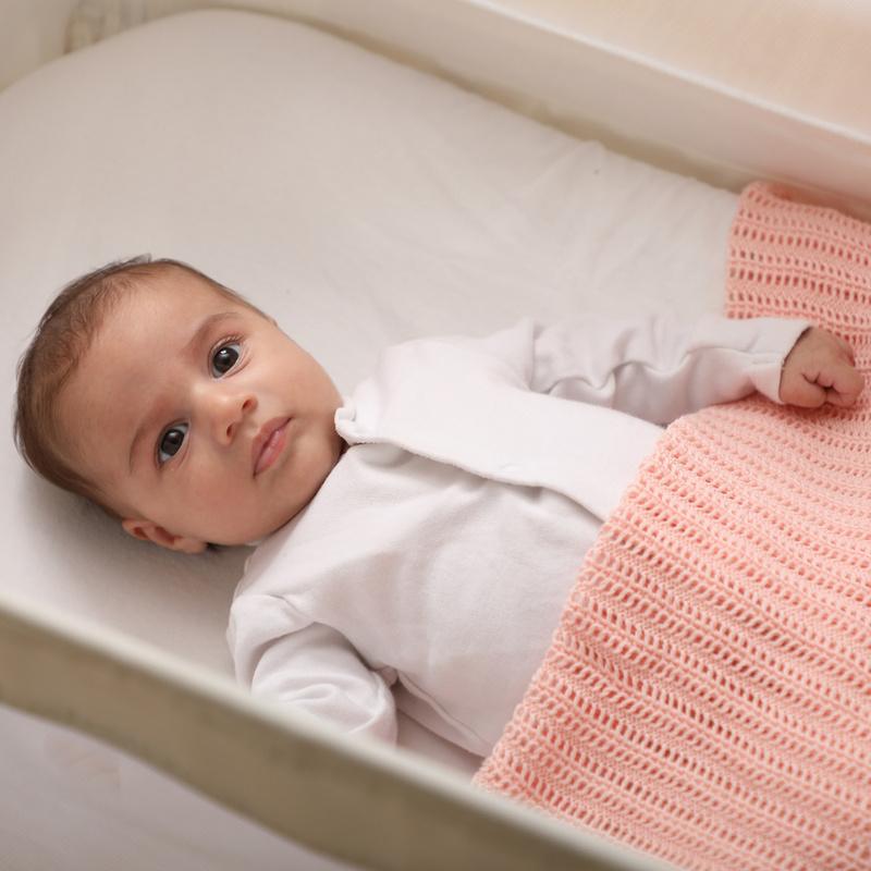 بطانية اطفال محيّكة - زهري